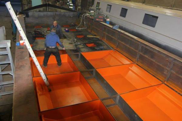 Copper Jack - Sealing the buoyancy tanks