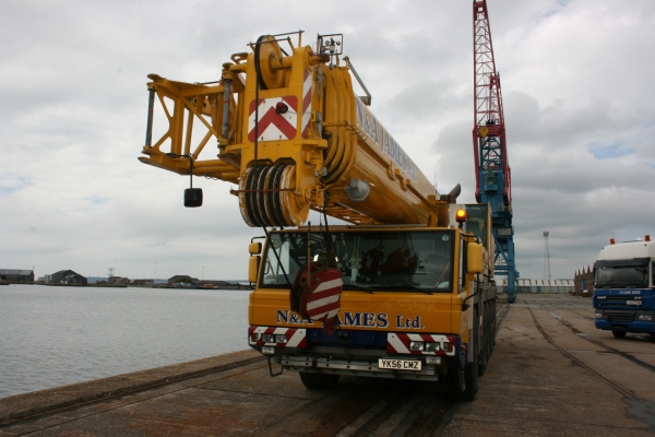 N&A James' crane preparing to lift Copper Jack into the water for her first time!