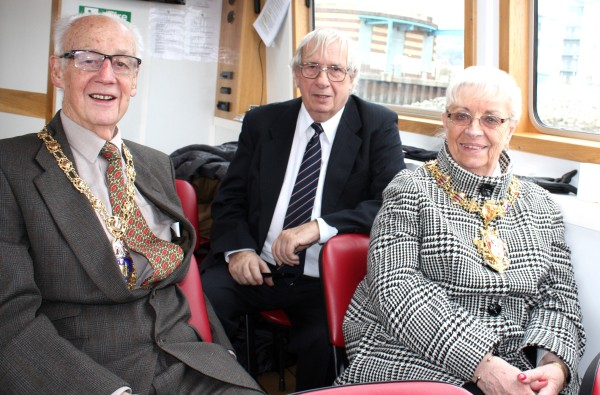 Lord Mayor and Consort Mr. David Thomas chat informally to CGW
